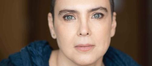 A cantora Adriana Calcanhotto tem sucessos que serviram para as trilhas sonoras de novela da Globo. (Arquivo Blasting News)