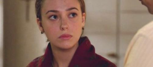 Il Paradiso delle Signore, Alessia parla dell'addio: 'Angela darà una lettera a Riccardo'.