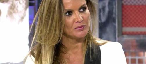 Marta López en Sálvame Deluxe tras su ruptura con Merlos