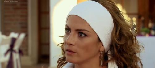 Renata descobre a verdade sobre Jerônimo. (Reprodução/Televisa)