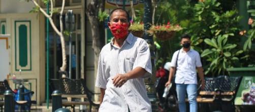 A Associação defende que o uso de uma máscara na via pública salva vidas.