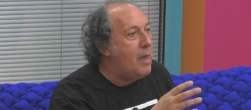 Grande Fratello Vip 5, Fulvio Abbate attacca Adua Del Vesco: 'E' una bambola da vetrina'.