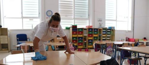 El número de aulas confinadas se sitúa en el 0,73 %.