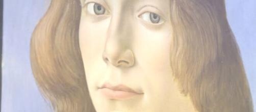 Meet the subject of a portrait by Renaissance painter Sandro Botticelli - 'Young Man Holding a Roundel.' [Image Source: Sotheby's/YouTube]