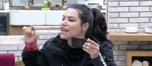 Raissa faz alerta a Mirella. (Arquivo Blasting News)