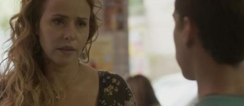 Riscado receberá desculpas de Gilda em 'Totalmente Demais'. (Reprodução/TV Globo)