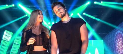 Luan Santana e Luísa Sonza fazem live juntos. (Reprodução/YouTube)