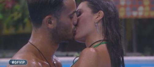 Grande Fratello Vip 5, Pierpaolo fa una confidenza a Matilde: 'Avrei voluto baciarla'.