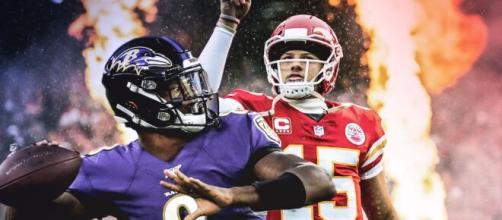 Lamar Jackson e Patrick Mahomes são as principais armas entre Ravens e Chiefs, pela NFL. (Arquivo Blasting News)