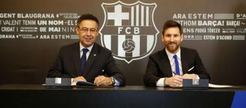 Messi teve fortes atritos com Bartolomeu no Barcelona. (Arquivo Blasting News)