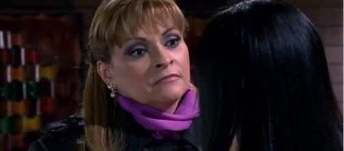 Roberta frustra planos de Josefina. (Reprodução/Televisa)