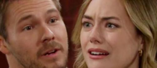 Beautiful, trama mercoledì 30/09: Logan apprende che Phoebe è in realtà Beth.