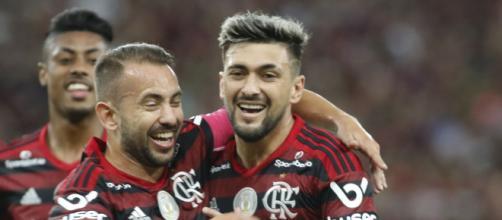 Bruno Henrique, Everton Ribeiro e Arrascaeta ainda podem deixar o Flamengo esse ano. (Arquivo Blasting News)