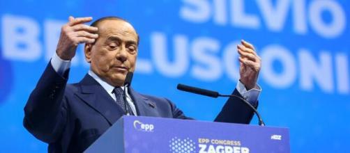 Italy's former PM Berlusconi tests positive for coronavirus - Kogonuso - kogonuso.com [Blasting News library]