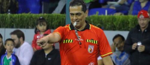 El VAR no sirve, a los árbitros les falta ser más duros: Felipe