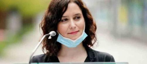 La presidente de la comunidad madrileña maquilla las cifras de contagiados