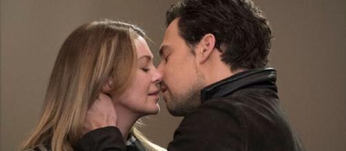 Nella quindicesima stagione di Grey's Anatomy, Meredith Grey ed Andrew DeLuca si dichiarano amore.