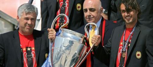 O treinador Carlo Ancelotti é o maior vencedor da UEFA Champions League, por três vezes em sua história.