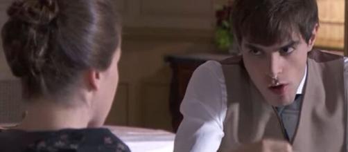 Una vita, trame Spagna: Emilio fa di tutto per non sposare Angelines.