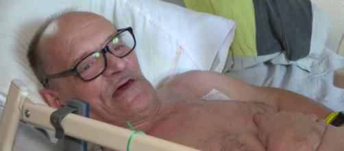 Alain Coq se laisse mourrir pour se battre pour l'euthanasie en France. Credit: Capture RTBF