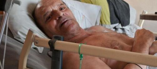 Francês que teve eutanásia negada promete transmitir últimos momentos no Facebook. (Reprodução/Redes Sociais)