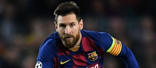 Messi resta a Barcellona per un altro anno