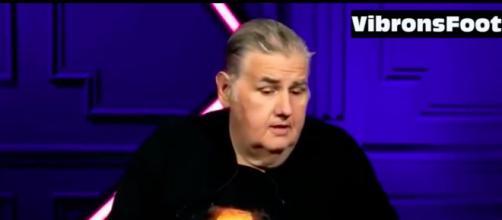Pierre Mènes une histoire de jumelles coquines fait le buzz sur les réseaux sociaux - Photo capture d'écran vidéo Vibrons foot