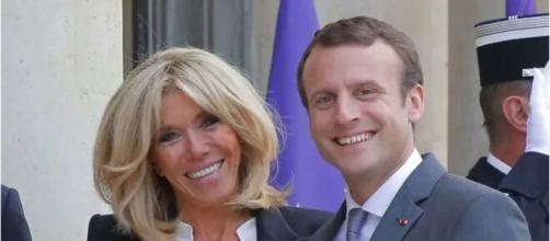 Brigitte Macron revient sur sa rencontre avec Emmanuel Macron - photo capture d'écran Facebook