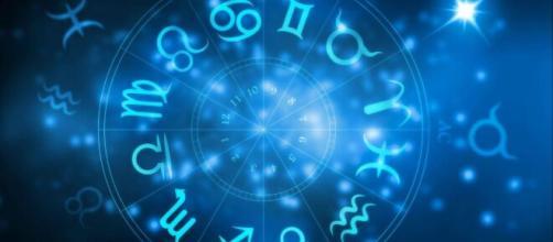 Previsioni zodiacali del 7 settembre: Scorpione innamorato e Capricorno intraprendente.