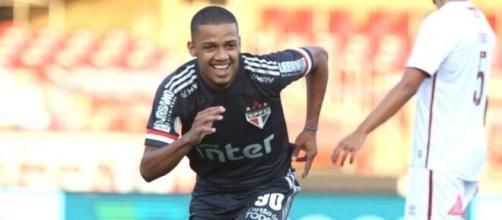 Brenner foi o destaque do Time da Fé, marcando um gol e atuando bem no Morumbi. (Rubens Chiri/saopaulofc.net)