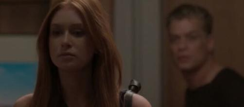 """Eliza prova sua inocência em """"Totalmente Demais"""". (Reprodução/TV Globo)"""