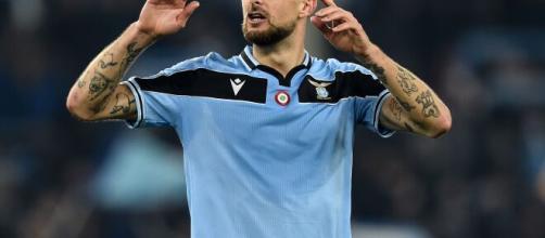 Francesco Acerbi si è sfogato con la dirigenza laziale, l'Inter potrebbe approfittarne.