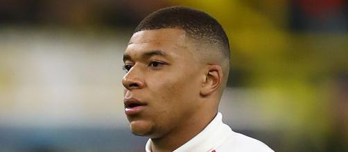 Kylian Mbappe: Paris Saint-Germain forward tests negative for ... - skysports.com