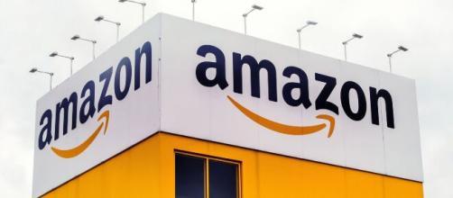 Offerte di lavoro Amazon per magazzinieri.