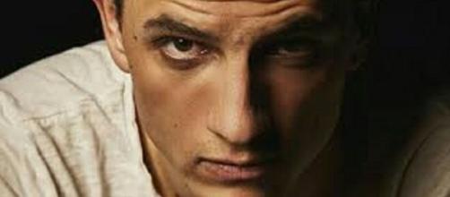 Una vita, l'interprete di Antonito Palacios presto papà: l'annuncio dell'attore su Instagram.