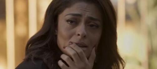 Carol ficará devastada em 'Totalmente Demais'. (Foto: Globo).