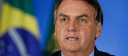 Em pronunciamento, Bolsonaro diz ter compromisso com a Constituição. ( Arquivo Blasting News )