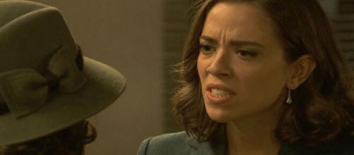 Il segreto, trame Spagna: Rosa in procinto di aggredire la sorella Marta.