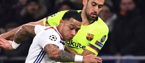 L'énorme échange que le Barça proposerait à l'OL pour Depay enflamme la toile