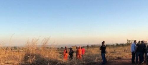 Polícia está em busca do corpo do bebê que foi enterrado. (Reprodução/TV Brasília)