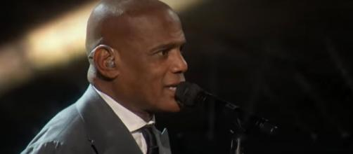 Archie Williams offers 'America's Got Talent' an emotional semifinal performance as a father. [Image Source: AGT/YouTube]