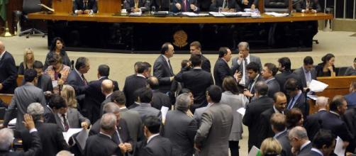 Bancada evangélica dependerá da aprovação do presidente Bolsonaro para ter pedido do perdão da dívida tributária. (Arquivo Blasting News)