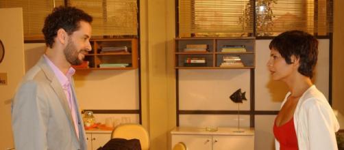 Dan Stulbach e Helena Ranaldi protagonizaram cenas de violência em 'Mulheres Apaixonadas'. (Reprodução/TV Globo)