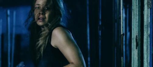 Leandra Leal brilhou no filme 'O Rastro'. (Reprodução/YouTube)