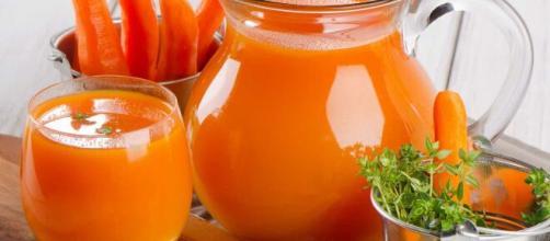 Sucos diuréticos são ótimas formas de consumir alimentos para limpeza do organismo. (Arquivo Blasting News)