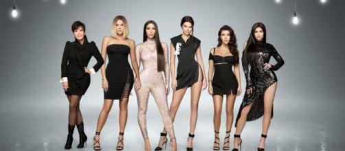VIDEO L'Incroyable Famille Kardashian : découvrez en exclusivité ... - voici.fr