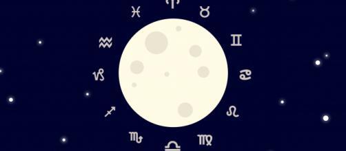 L'oroscopo di venerdì 15 gennaio: Luna d'amore in Pesci, Acquario favorito (2^ sestina).