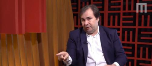 Rodrigo Maia diz que vacina pode provocar impeachment de Bolsonaro. (Arquivo Blasting News)