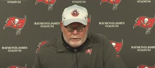 Buccaneers head coach Bruce Arians: 'Players listen to Tom Brady more than me' (© Tampa Bay Buccaneers/YouTube)