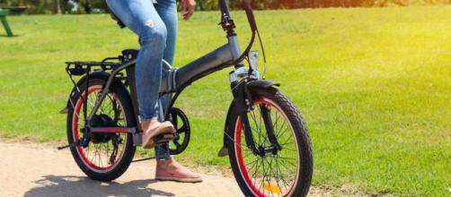 Bici elettrica e bicicletta con pedalata assistita: differenze sulle assicurazioni.